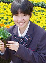 東堤 彩さん